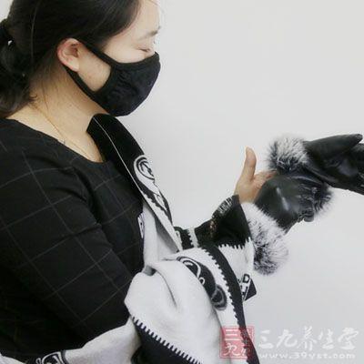 雾霾天戴着口罩能够预防雾霾的危害