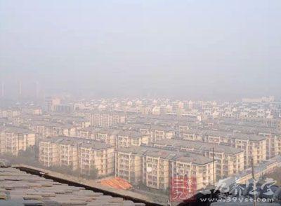 北京发布黄色预警 雾霾天这样做才健康