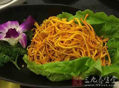黄花菜能用于血热出血,衄血、咯血、吐血,或便血,口渴心烦等病症