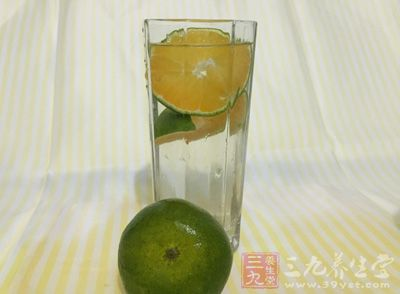 【有问必答】喝水的最佳时间 10个时间段喝水排毒养生