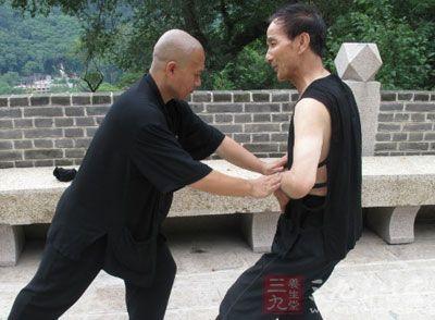 武術教學 踢腿的速度訓練方法