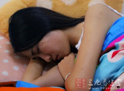 睡眠不好怎么办 远离睡前不能做的10大事件【星健康】