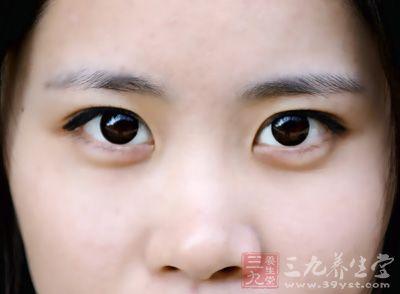 鼻子出血的原因 防治鼻出血的方法有哪些