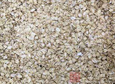 燕麦片的功效与作用 喝燕麦片好处多多