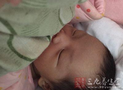 婴儿湿疹中医称奶癣