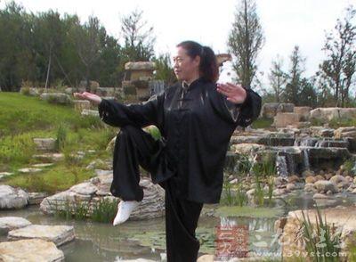 杨式太极拳 杨式太极拳腿功该如何练习