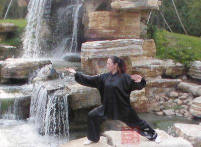 杨式太极拳24式 学习杨式太极拳24式的基本要领