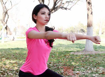 长高的运动 常做这4动作让你长高不自卑