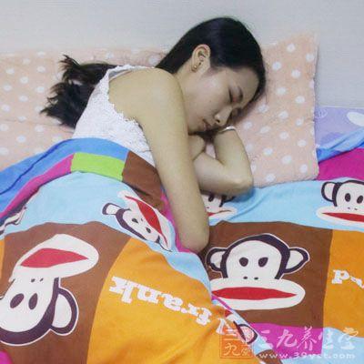 睡前泡脚能够很好的改善睡眠