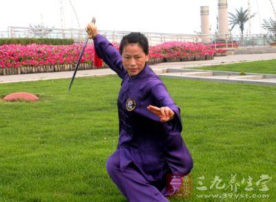 杨式太极拳 练杨式太极拳有三方面特点