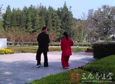 杨式太极拳 教授杨式太极拳需要三步法