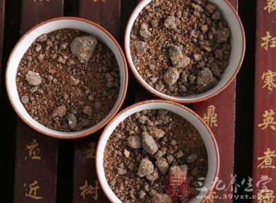 茶叶、红糖、高梁穗和茜草各9克