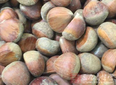 不少专家说板栗是可以生吃的,同时生吃是有着下气