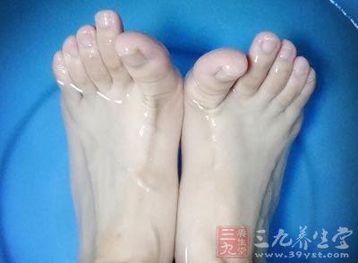 腳抽筋真的是折磨人