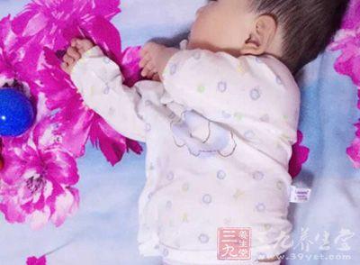 正常新生儿的肠道功能尚未健全