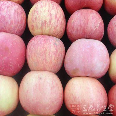 每天吃300g左右的苹果,血液中的胆固醇水平就会即可下降