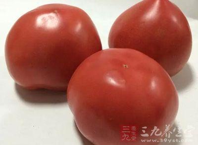 β—胡萝卜素只要存在于深绿色的蔬菜和水果中:如西蓝花、西红柿、花菜、胡萝卜、芥菜、芒果等