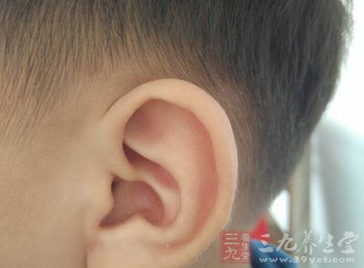 """电子化产品广泛应用潜藏危机 隐藏""""耳聋杀手"""""""