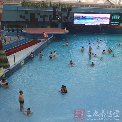 孕妇可以游泳吗 坚持游泳锻炼效果惊人(2)