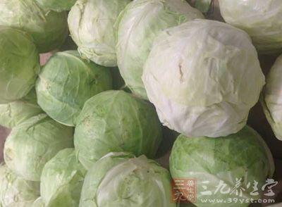 此外,包菜富含叶酸,这是甘蓝类蔬菜的一个优点