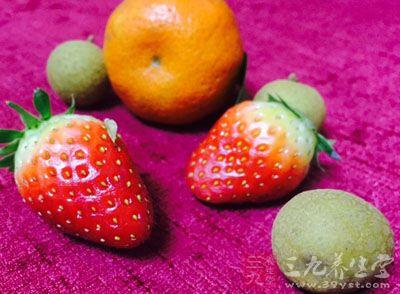 草莓所含的鞣酸,能有效地保护人体组织不受致癌物质的侵害