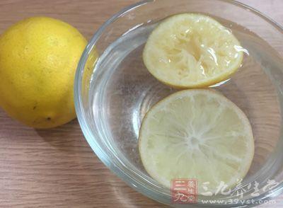 柠檬的酸味是以柠檬酸为主