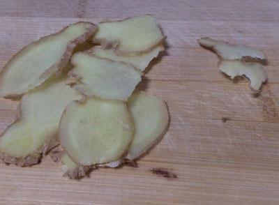 生姜作为一种调味品,平时都被我们用来做菜