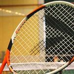 打网球时应该怎么急截球