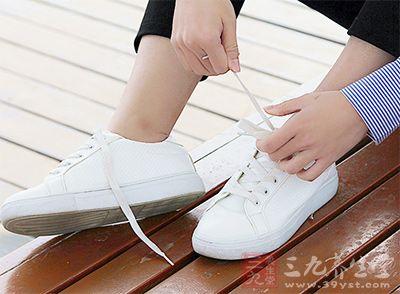 鞋面是指鞋子的上部