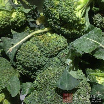 西兰花富含抗氧化物维生素C及胡萝卜素