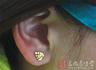 坏死性外耳道炎怎么回事