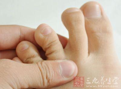 脚趾痛风 它的治疗方法有哪些
