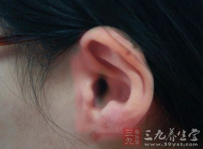 什么原因可引起外耳道炎