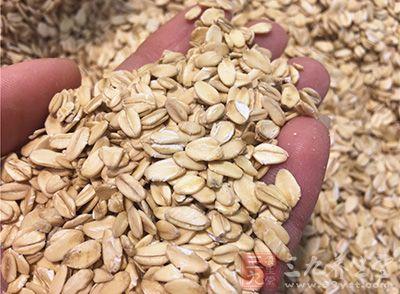 麦片中吸出铁粉 专家称易被人体吸收不必惊慌
