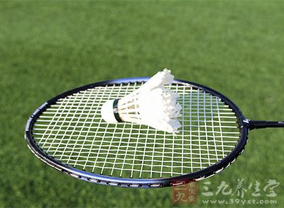 我们在打羽毛球的时候应该灵活运用