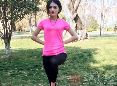 使腰身柔软苗条,并强健手足,使体态优美