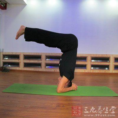 战士式瑜伽对于男性的身体健康是非常有利的