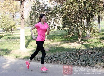 早晨跑步减肥非常有效