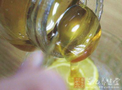 谨慎购买这几种蜂蜜 看完就知道了