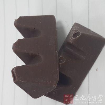 不要完全拒绝巧克力