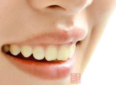 口臭是什么原因引起的 怎么根除