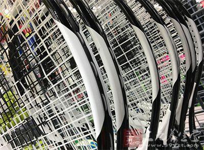 如何选择网球拍 选择网球拍需谨慎