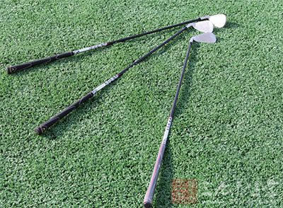 高尔夫挥杆 学好七步助你成就完美挥杆