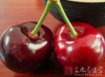 樱桃营养丰富,是女性朋友们美容养颜的非常好的水果选择