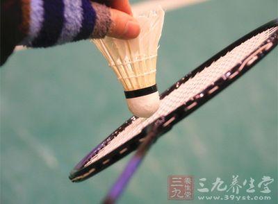羽毛球用品 怎样修理已经坏掉的羽毛球拍