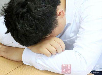 血压高会干扰心脏的功能,会影响正常的心脏泵血和供氧功能