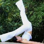练瑜伽做元气少女
