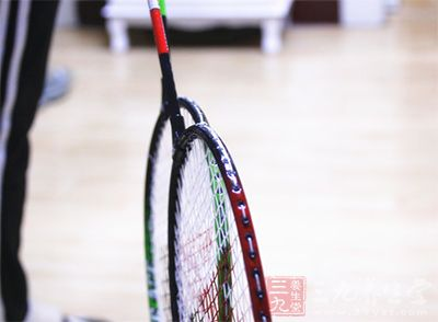 羽毛球拍品牌排行 2016年哪些球拍较受欢迎