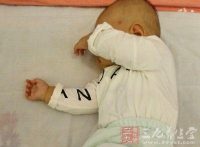 婴儿鹅口疮怎么治疗 如何让孩子远离鹅口疮
