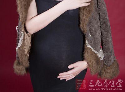 孕妇常常在妊娠3个月以后出现黄褐斑